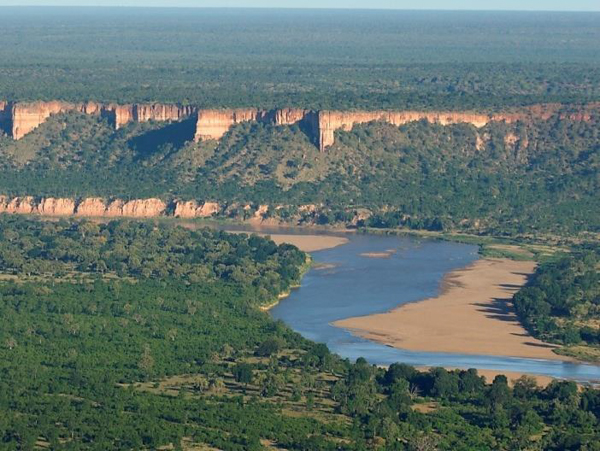 Chilojo Cliffs in Gonarezhou National Park, Zimbabwe, one of the protected areas studied in the new paper. Photo credit: Gonarezhou Conservation Project/Patience Gandiwa.