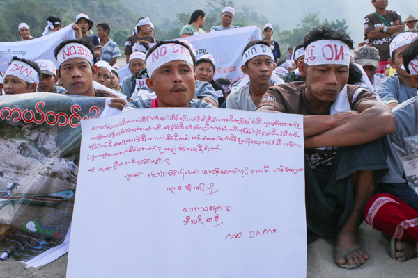 Anti-dam villagers protest along the Salween River in Myanmar, on International Day of Action for Rivers and Against Dams, March 14, 2015. Credit: Karen Environmental and Social Action Network.