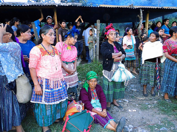 Mayan women protest hydroelectric dam projects in the Santa Cruz Barillas in western Guatemala on March 16, 2014. Local opposition to the construction of dams and other natural resource projects in the area has resulted in a government crackdown on activists. Photo credit: Luis Miranda Brugos / Alba Sud Fotografia.